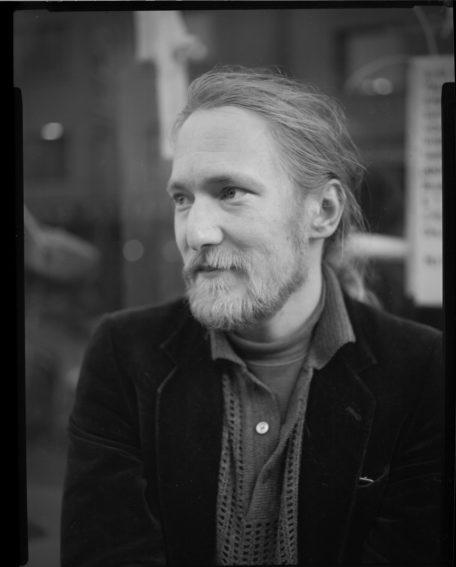 Antti Salmisen kirjailijakuva